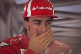 Alonso sobre sus rivales: «Se guardan algo para el día de la verdad»