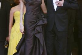 Angelina Jolie y Brad Pitt donan  349.000 euros a las víctimas de Missouri