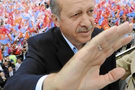 Erdogan logrará hoy la mayoría absoluta en las elecciones turcas