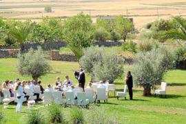 Las bodas de extranjeros en hoteles y agroturismos de la Isla genera un negocio de dos millones al año