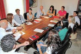 Pastor nombra a siete tenientes de alcalde y forma la junta de gobierno