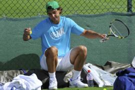 Nadal defiende su corona en Wimbledon y el número uno mundial