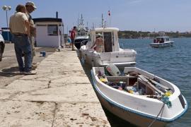 Los 11 inmigrantes argelinos llegados a Mallorca en patera serán trasladados a Barcelona