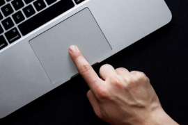 Uno de cada tres usuarios que comenta un partido de fútbol en redes insulta