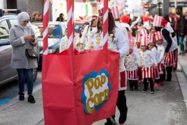 El Colegio Cervantes de Sant Antoni celebra su rúa de carnaval