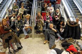 El delito de los controladores aéreos: abandono de destino, no sedición