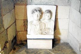 Estudian por primera vez en 150 años el lapidario del cardenal Despuig