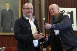 Bildu retira el retrato del rey del salón de plenos de San Sebastián