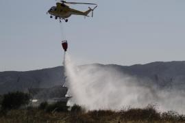 Un nuevo incendio en el polígono de Can Valero causa la alarma y quema 2.000 metros cuadrados