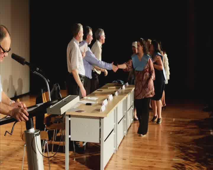 El Centro Superior Alberta Giménez celebra la ceremonia de graduación de 235 alumnos