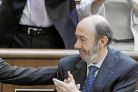 Zapatero facilitará el pago de las hipotecas y pondrá un techo de gasto autonómico