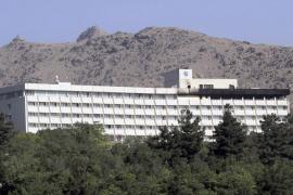 DIECIOCHO MUERTOS EN ASALTO TALIBÀN CONTRA HOTEL INTERCONTINENTAL DE KABUL