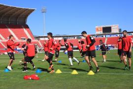 El Mallorca anuncia que ha pagado a la plantilla «todo» lo que le adeudaba