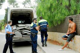 Dos detenidos por robar material en las viviendas de Monport