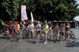 Massa Crítica reivindica más espacios para la bici en Ciutat