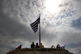 El Eurogrupo da luz verde a los 12.000 millones de euros de ayuda a Grecia