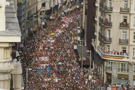 El Orgullo Gay más reivindicativo inunda las calles de Madrid
