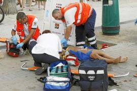 La mujer y su hija heridas al caer en paracaídas siguen en la UCI en estado muy grave