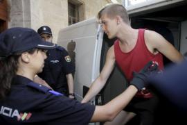 palma juzgados indignados detenidos pasan disposicion judicial foto j