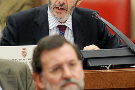 Rajoy da por hecho que Rubalcaba anunciará el sábado que deja el Gobierno