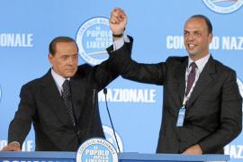 Berlusconi no se presentará a la reelección en los comicios de 2013 de Italia