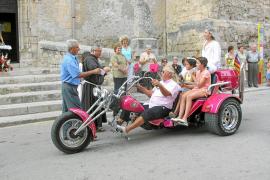 La Penya Motorista Sant Joan celebra sus 55 años de actividades a todo gas