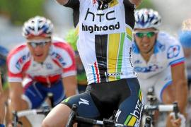 Cavendish entona el bis en otra etapa de caídas