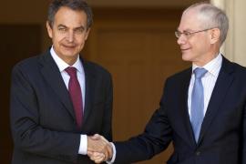 Spain's Prime Minister Zapatero greets EC President Van Rompuy in Madrid