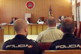 Condenado a 10 años por golpear y amordazar al hijo de su ex pareja e intentar violar a la madre
