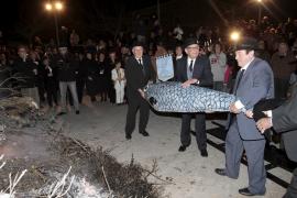 El entierro de la sardina pone fin a los carnavales