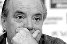 Cursach vende todas sus acciones y abandona el Mallorca un año después