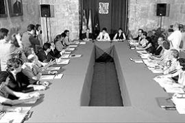 Castillo exigirá hoy en Madrid una mayor financiación para la sanidad de las Islas