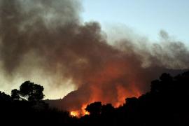 Fuego en la Costa d'en Blanes
