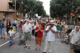 Manifestación en contra de la reapertura al tráfico de Blanquerna