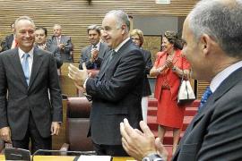 Fabra es elegido presidente de la Generalitat valenciana con los votos del PP