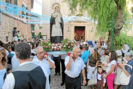 Valldemossa revive el fervor a la reliquia