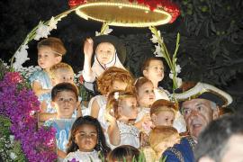 Paseo triunfal en honor a Santa Catalina Thomàs
