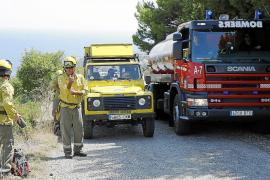 Un nuevo incendio forestal en na Burguesa afecta a una zona de pinar