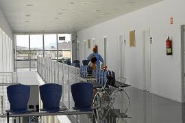 Pacientes de Psiquiatría estrenan el nuevo centro de So na Monda