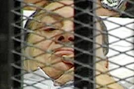 Mubarak niega su implicación en la muerte de 850 opositores en las revueltas