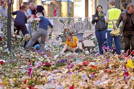 Breivik llamó a la policía de Oslo para entregarse tras cometer la matanza