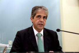 El Govern admite que «los proveedores tendrán que seguir esperando» para cobrar