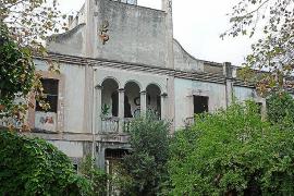 El Consistorio pedirá al Consell que la fábrica de tapices deje de ser BIC
