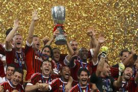 El Milán volvió a superar al Inter y conquista la Supercopa en Pekín