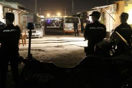 La policía asesta un «duro golpe» en la redada de Son Banya al clan de narcotraficantes más fuerte