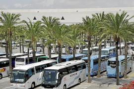 USO se niega a pactar los servicios mínimos en el transporte turístico