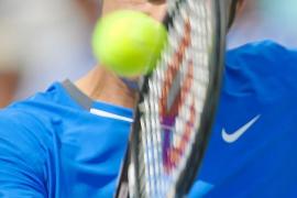 Federer y Djokovic arrancan con solvencia