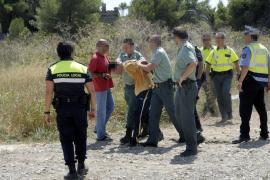 Detenidos dos ladrones que protagonizaron un tiroteo en Muro tras atracar una joyería