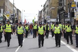 La policía sigue vigilante en el Reino Unido una semana después
