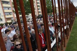 Berlín rinde homenaje a las personas que fallecieron en el muro